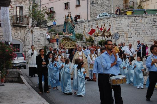Oratino, Italia: The Feast of the Assumption