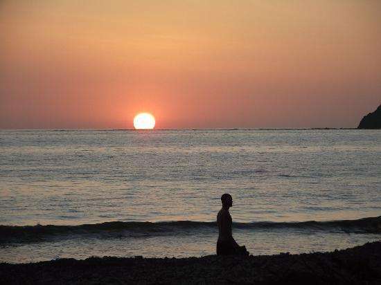 Fenix Hotel - On The Beach: Great Sunsets!