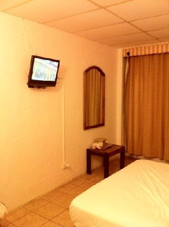Coral by the Sea Hotel : massive flat screen tv?!!