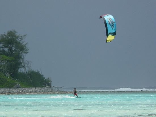 Raina Beach Apartments : Beach activities