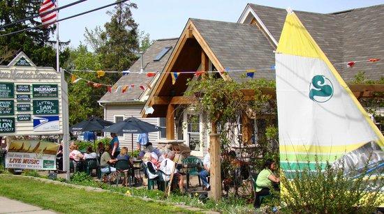 Sail Away Cafe and Bar : Sail Away Patio
