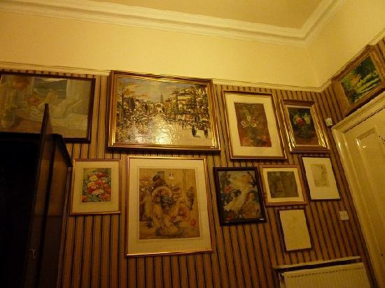 Art-House Morita B&B: Our art is decorated bedroom