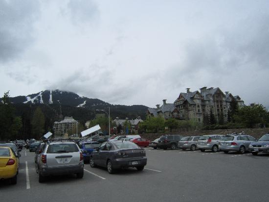 Sea to Sky Climb: 広い駐車場