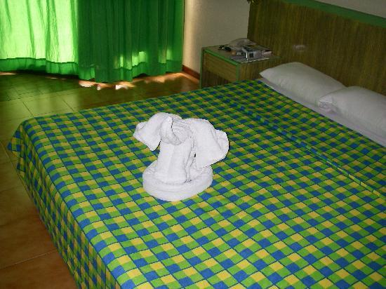 BelleVue BeachFun4Life Puntarena: towel elephant