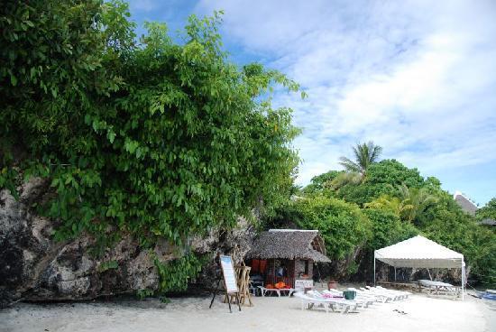 Bohol Island One Day Tour - PTN Travel Corp: 白砂の海岸です