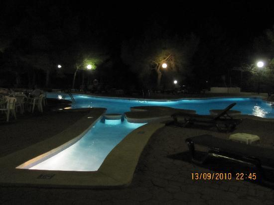 Insotel Club Maryland: una delle 2 piscine