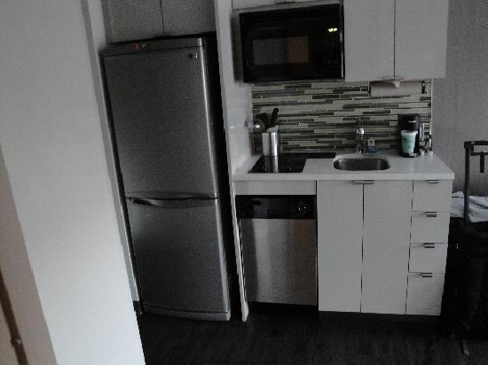 Kitchette with full size fridge