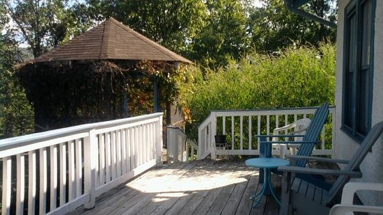 """Great Cacapon, WV: my """"breakfast nook"""" at River House WV"""