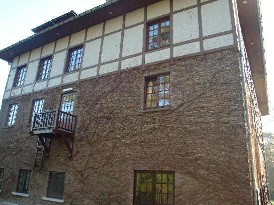 La Butte Aux Bois Hostellerie: hotel