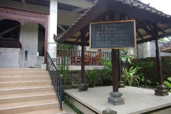 Pariliana, Maison et Table d'Hotes a Bali: l'entrée