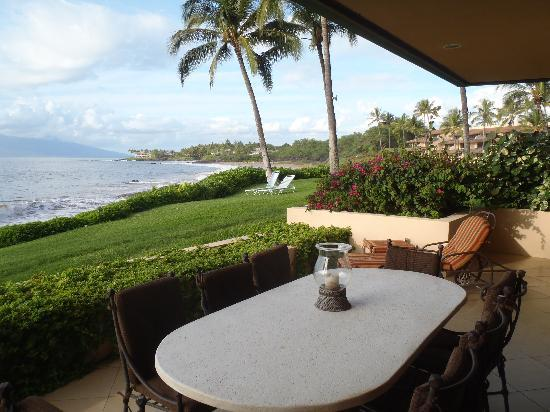 Makena Surf: Lounging & Dining on Our Lanai with Warm Balmy Breezes