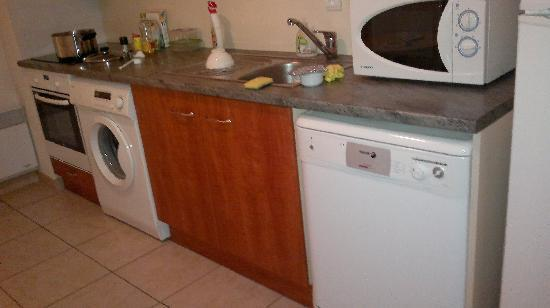 Citea Mougins Royal Parc : kitchen 1