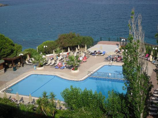 Mediterranee Hotel: View from balcony