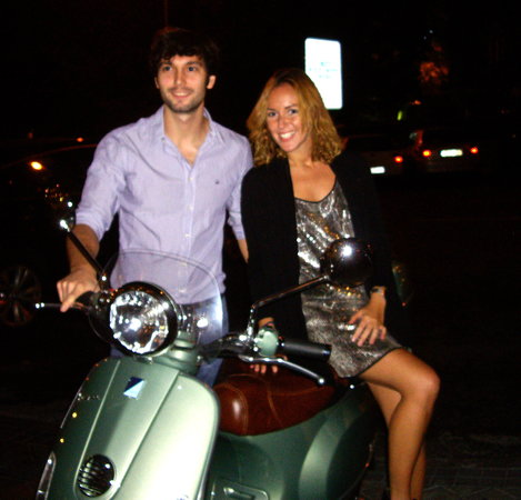Trip Chic! Live in Vespa