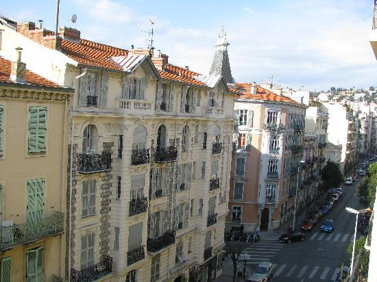 Hotel Mirabeau : view from our hotel window in the morning