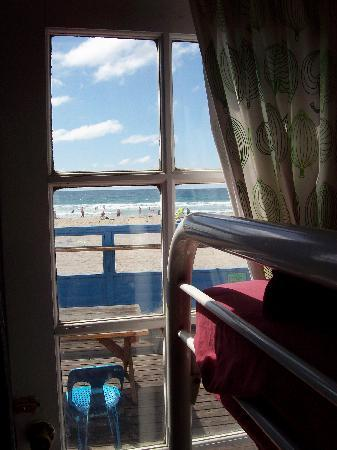 Beach Bungalow Hostel: View from one of the rooms