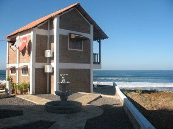 Puerto Sandino, Nicaragua: Ocean front rooms