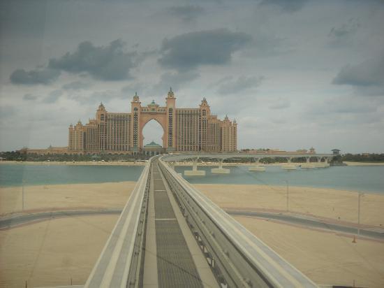 Novotel Dubai Deira City Centre: monorail verso l'atlantis