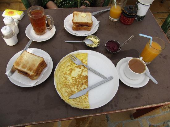 Hotel Rajmandir : Desayuno a la carta