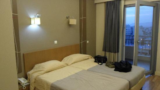 โรงแรมอลิสตั้น