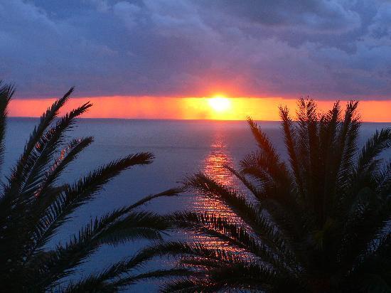 Hotel Terme Royal Palm : Sonnenuntergang vom Hotelbalkon