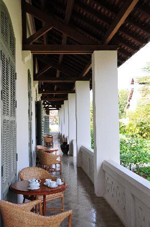Amantaka : Front terrace of Suite 15