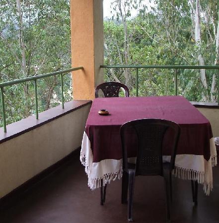 Ella Highest Inn: Breakfast possible on balcony