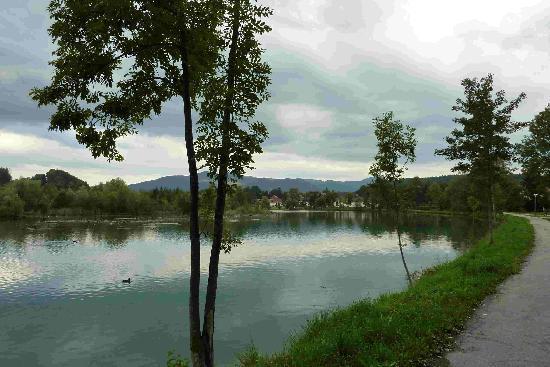 Landhaus Iris: river Isar