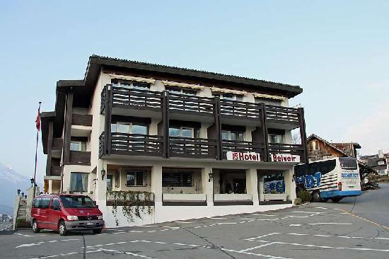 Sachseln, Suiza: Die Aussenansicht des Hotels