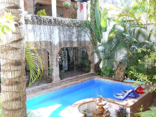 Villa David : Pool View
