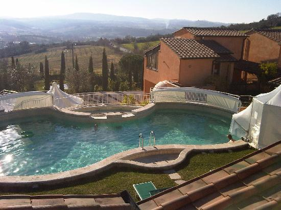 Hotel Saturno Fontepura: the pool