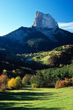 Chasselay, France : le mont aiguille