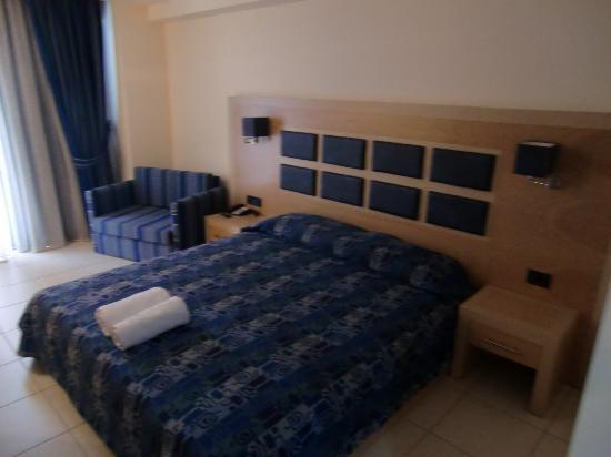 Aegean Blue Hotel: Hotel Zimmer