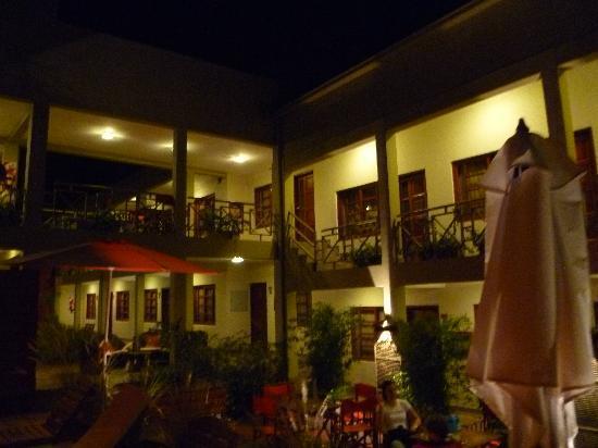 Hotel Jardín de Iguazú: Hotel Courtyard