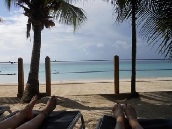 Island Pearl: Beach