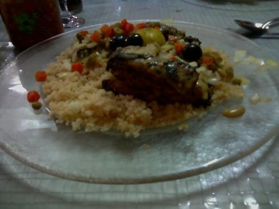 Chez Loutcha: plat d'attieké