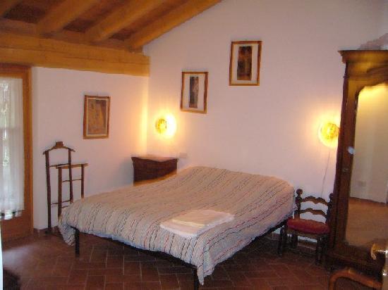 camera letto - Picture of Colico, Lake Como - TripAdvisor
