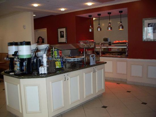 Hilton Garden Inn Tampa / Riverview / Brandon: Breakfast area