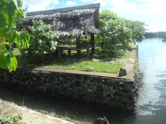 O'Keefe's Waterfront Inn: fishing village boat ramp