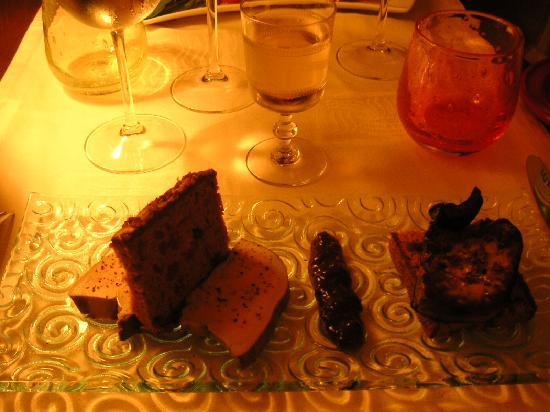 La Vie est Belle: 食器もステキです