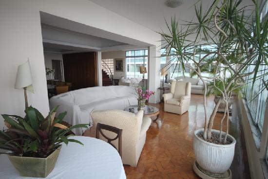Rio Guest House ( Marta's Guest House): lower floor