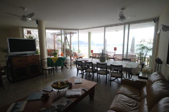 Rio Guest House ( Marta's Guest House): upper floor (breakfast room and saloon)