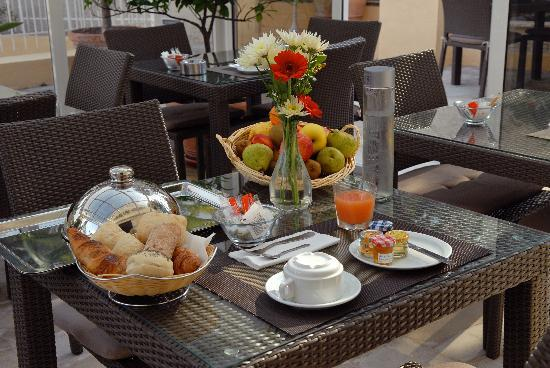 Hotel Cannes Gallia : Petit déjeuner