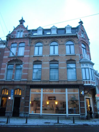 Hotel Sebel: ホテルの外観