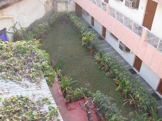 Hotel Sidhartha: Hotel Restaurant/Garden