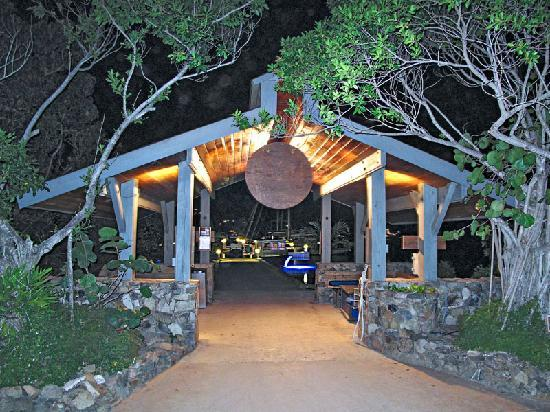 Biras Creek Resort: Entrance from the Boat Dock, as one goes to the Restaurant