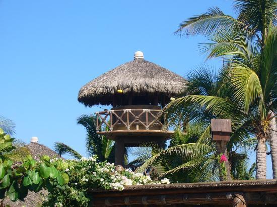 Casa Yalma Kaan: watchtower on the beach for romatic dinner