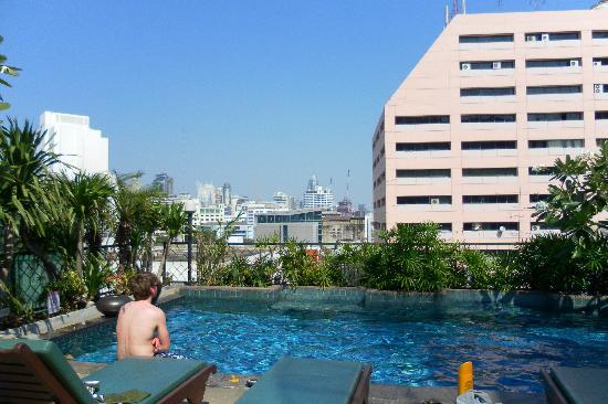 The Siam Heritage: rooftop pool lovely