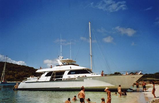 Dickenson Bay Cottages: Catamaran
