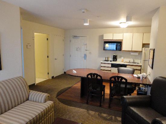 Candlewood Suites Denver - Lakewood: suite